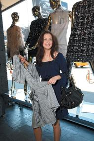fashion with Leighton Meester of Gossip Girl